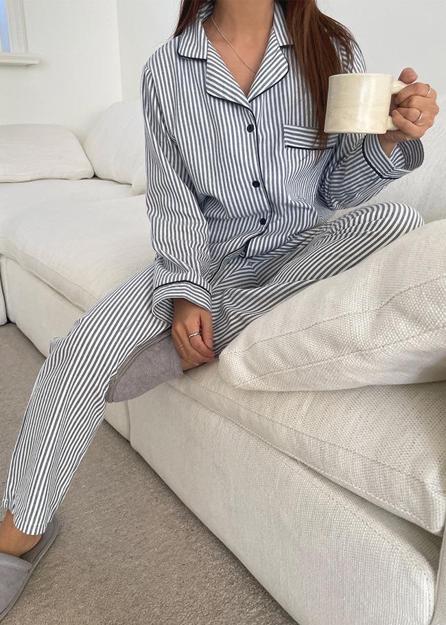 DARKVICTORY[套裝]滾邊裝飾直條紋睡衣褲套裝