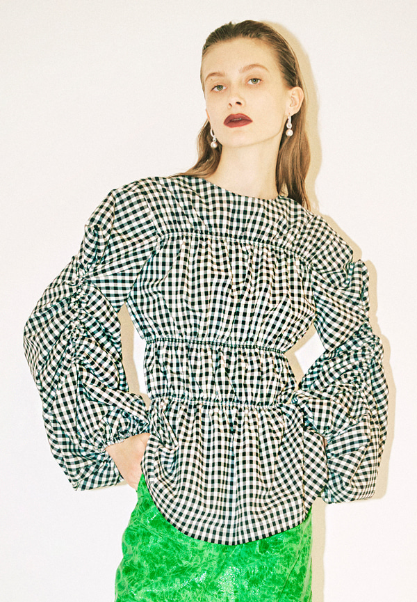 [FW20] Checked smocking stitch puff sleeve blouse