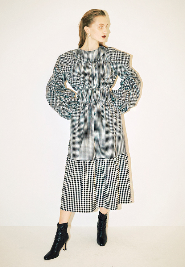 [FW20] Checked smocking stitch puff sleeve maxi dress