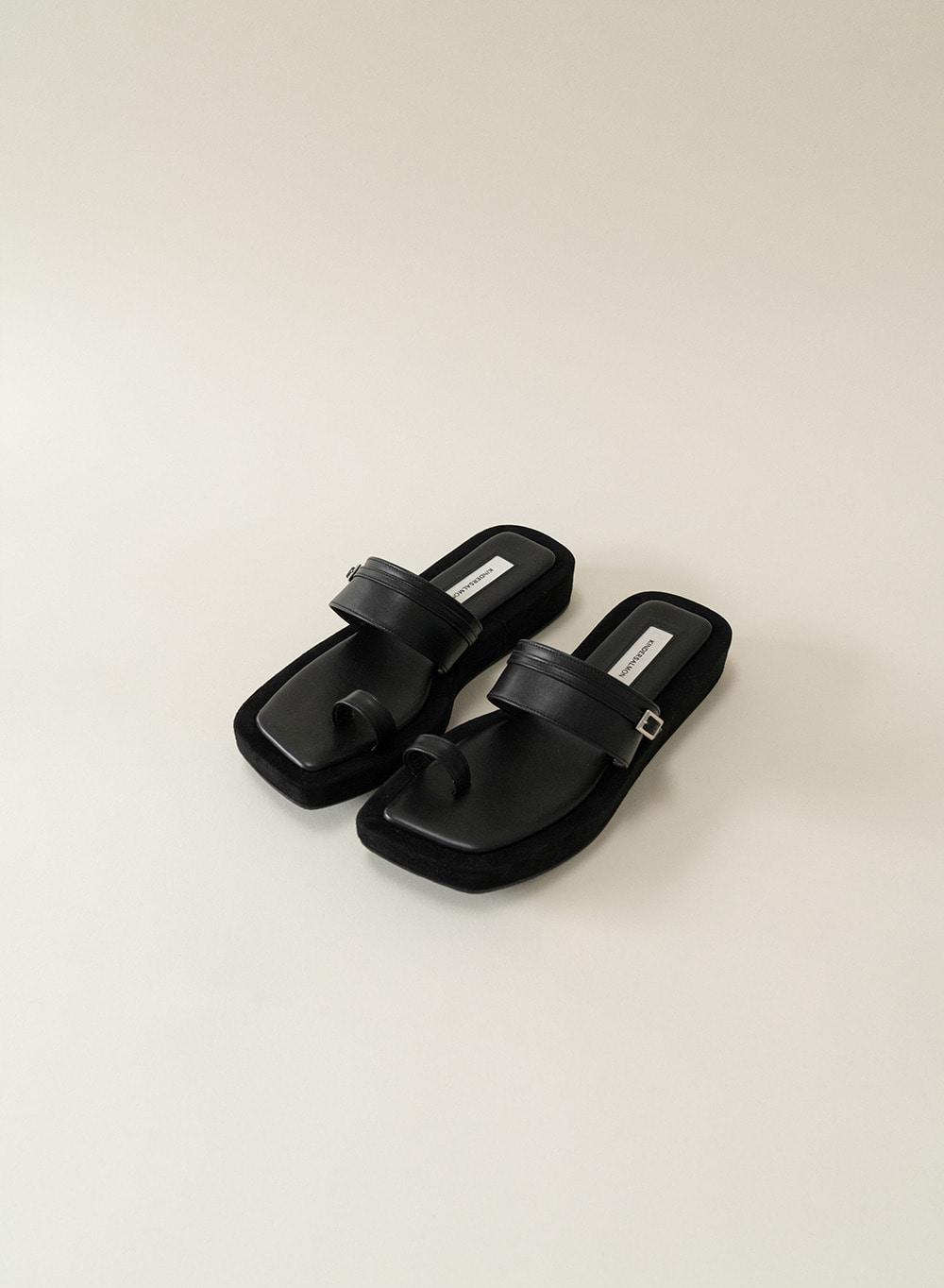 [ESSENTIAL] Mini Buckle Sandals Black
