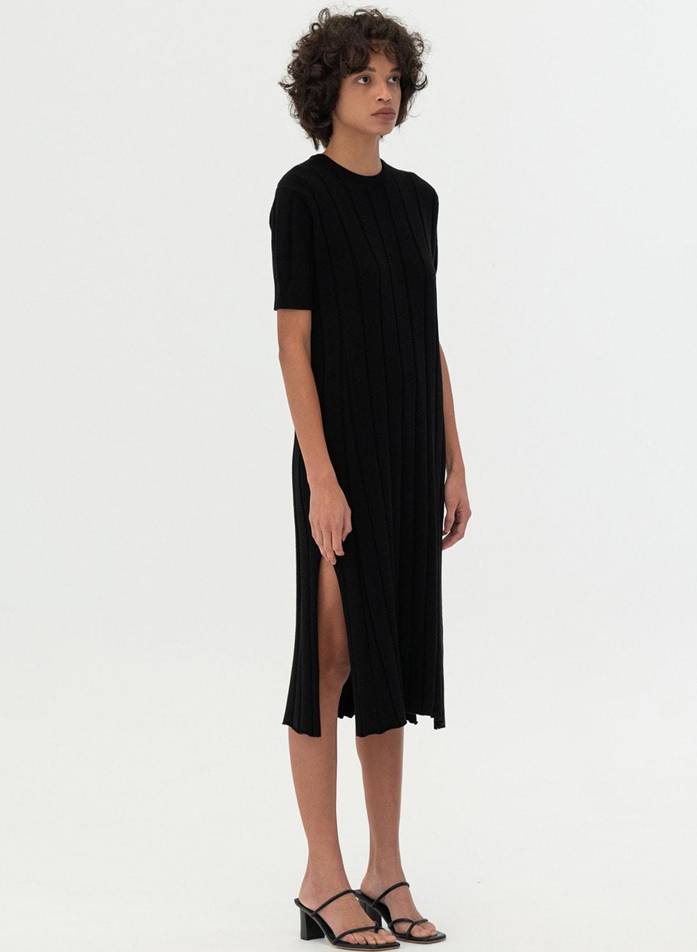 [ESSENTIAL] Bold Ribbed Knit Dress Black