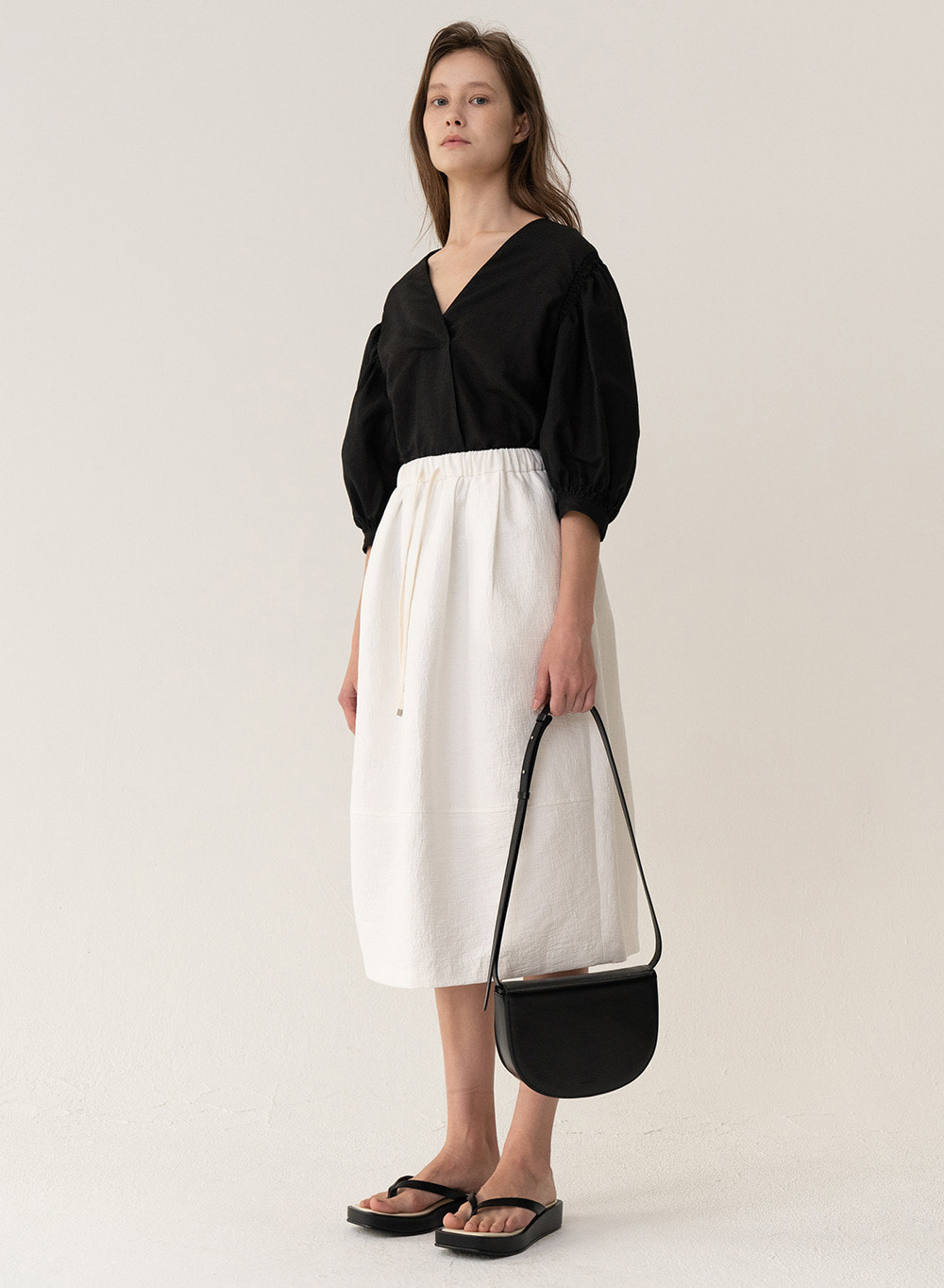 [ESSENTIAL] Baggy Skirt White