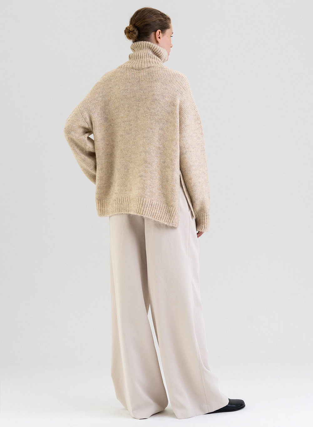 [PRE-ORDER 9/30 출고]FW21 Rough-touched Alpaca Pullover Ivory-melange