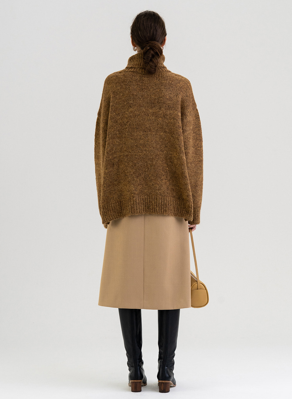 [PRE-ORDER 9/30 출고]FW21 Rough-touched Alpaca Pullover Brown-melange