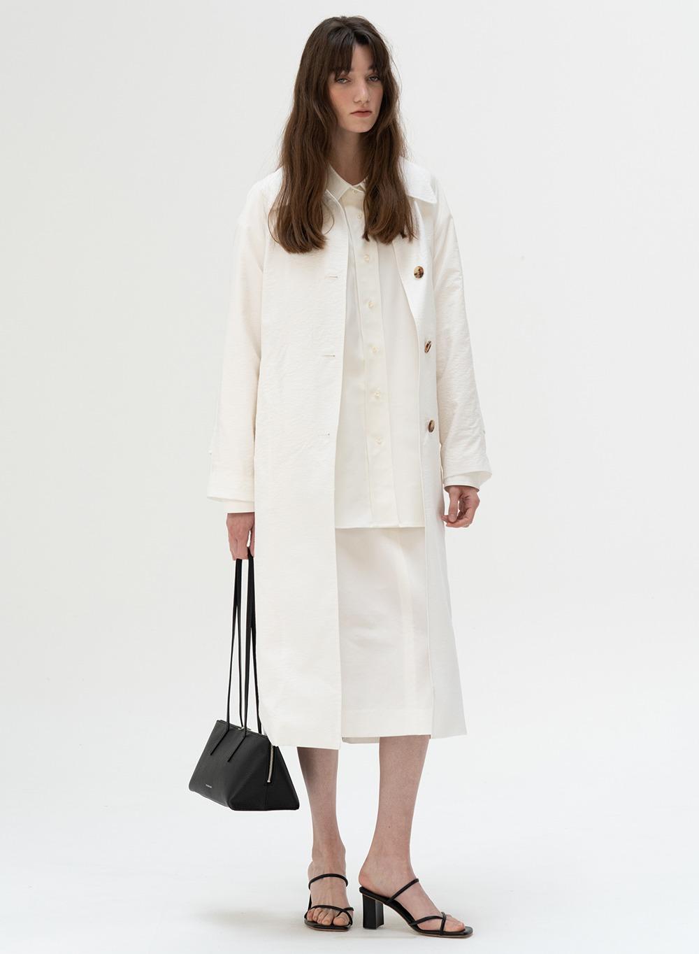 [ESSENTIAL] Lightweight Single Coat White