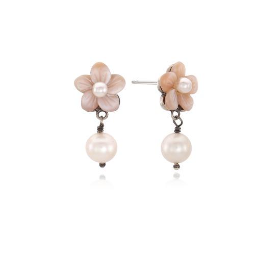 어쩌다 발견한 하루, 분홍 자개꽃 진주 귀걸이 Silver925 (김혜윤, 윤아 착용)