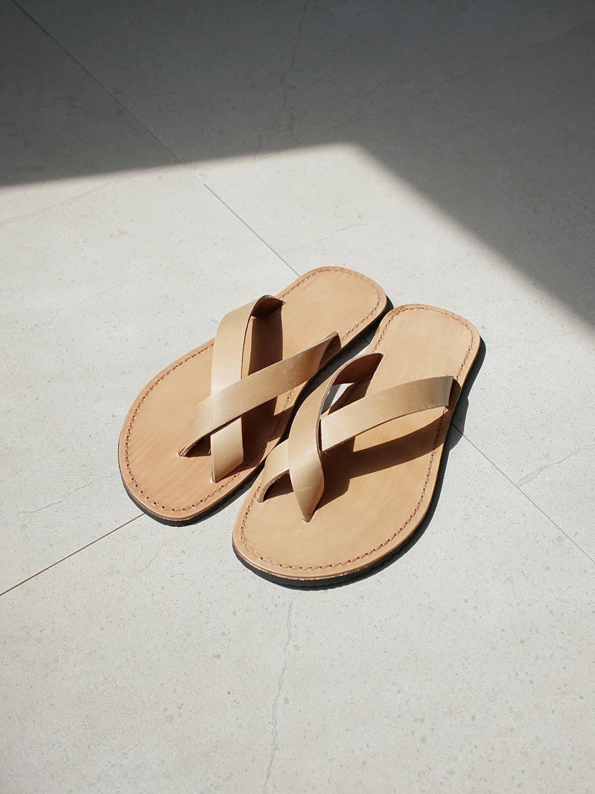 Single Line Sandals Beige