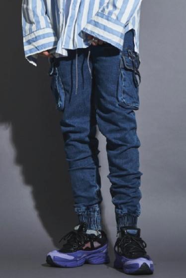 [BTS 정국착용]LAUL COMFORTABLE CARGO JOGGER PANTS DENIM 라울 컴포터블 카고 조거팬츠 중청