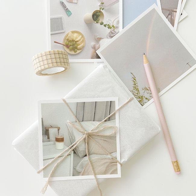[uoe studio] daily postcard
