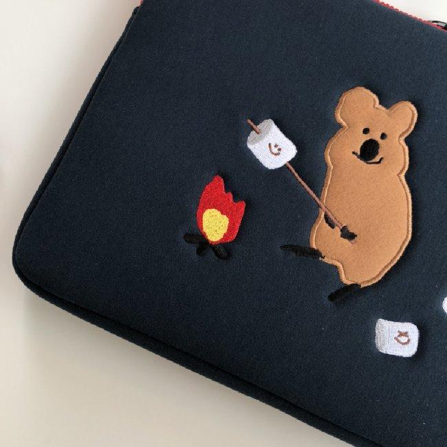 [다이노탱] S'more Laptop / I Pad Pouch