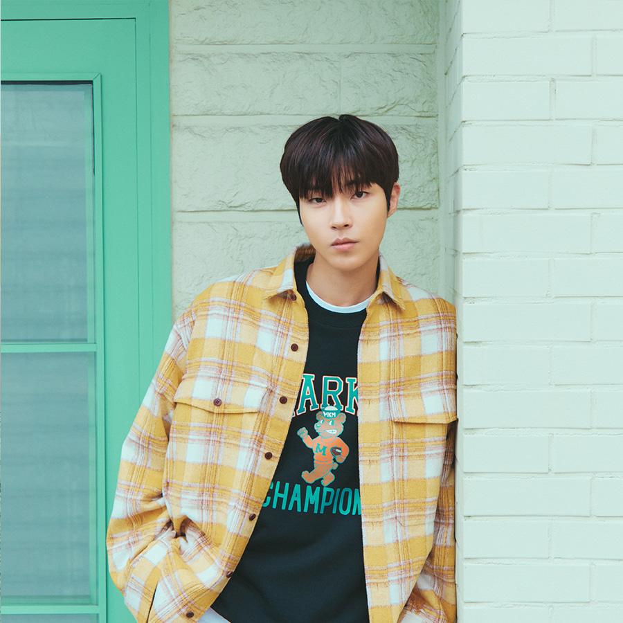 [포토카드 part.1 증정] [마크엠X황인엽] Flannel Artwork Embroidery Check Shirts Yellow