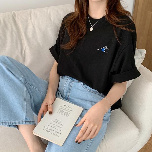 衝浪圖案刺繡圓領短袖T恤