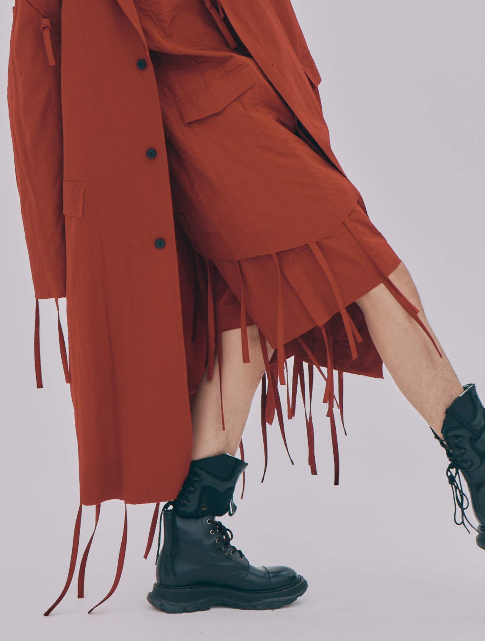 Red Strap Fringe Detailed Side Seam Out Shorts
