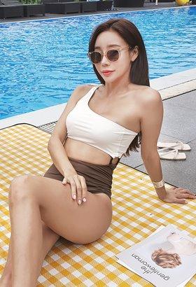 우드링 원숄더 모노키니