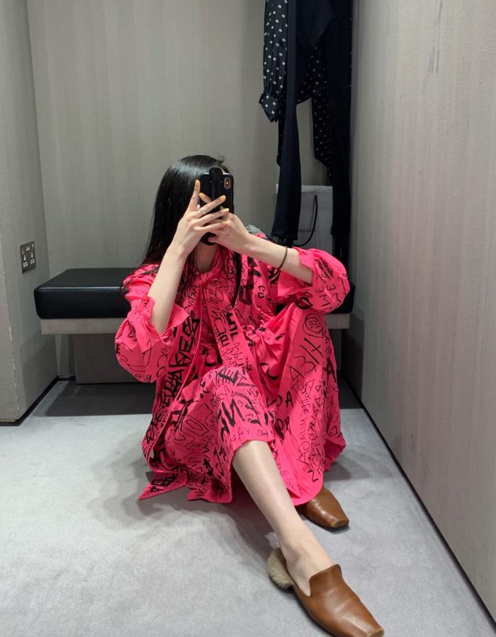 발렌시아가 596199 크래피티 드레스 / 플루오 핑크x블랙 / BBOL
