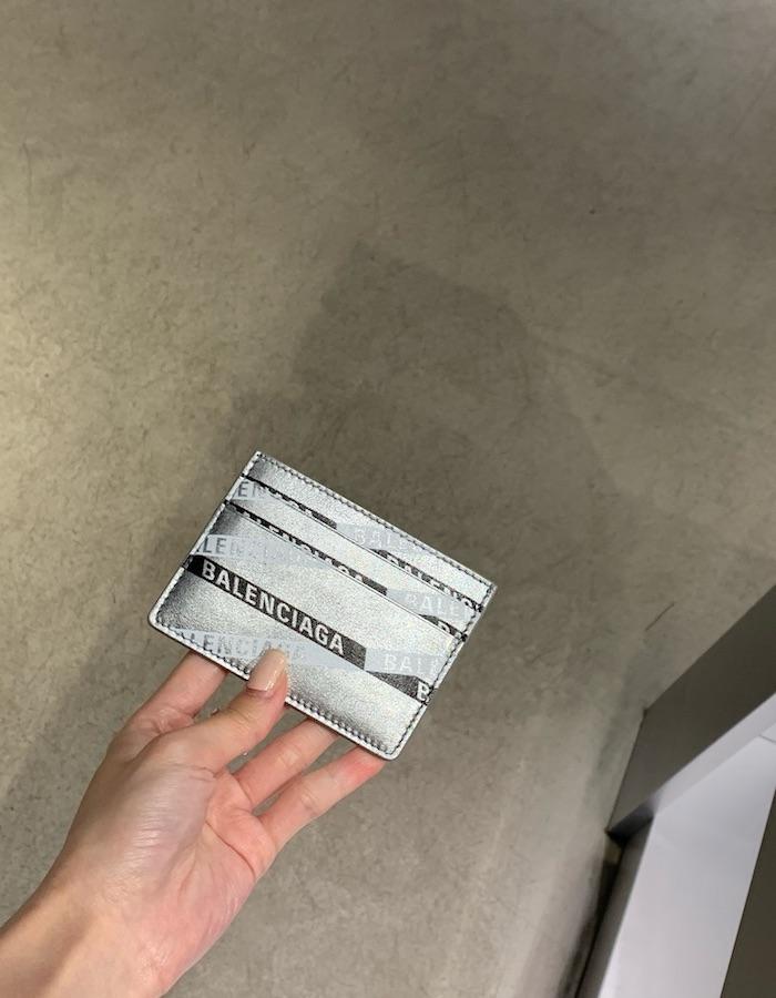 발렌시아가 490620 에브리데이 글리터 멀티 카드 홀더 / 실버x블랙 / BBOL