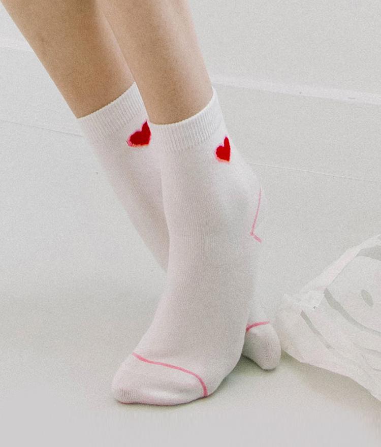 [現貨在台]【GFRIEND 同款】Heart club 16SS愛心圖樣短襪