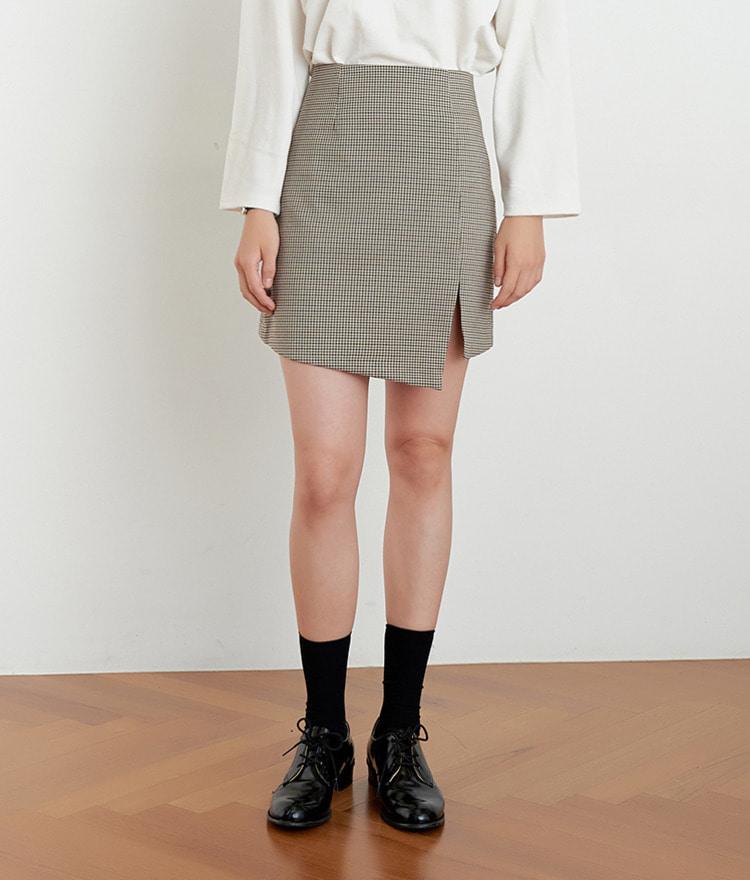 ESSAYAsymmetrical Hem Straight Cut Check Skirt