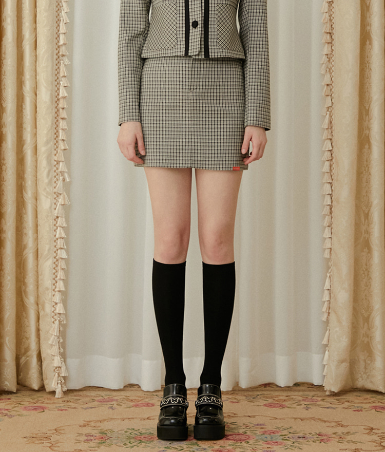 HEART CLUBBeige Patch Pocket Check Mini Skirt
