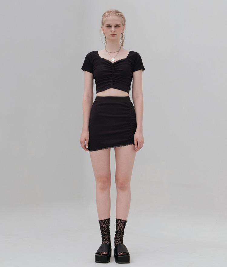 HIDE Lace Crop Top (1/2) (Black)HIDE Lace Skirt (Black)SET