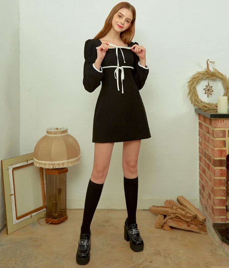 Heart Square Ribbon Dress (Black)