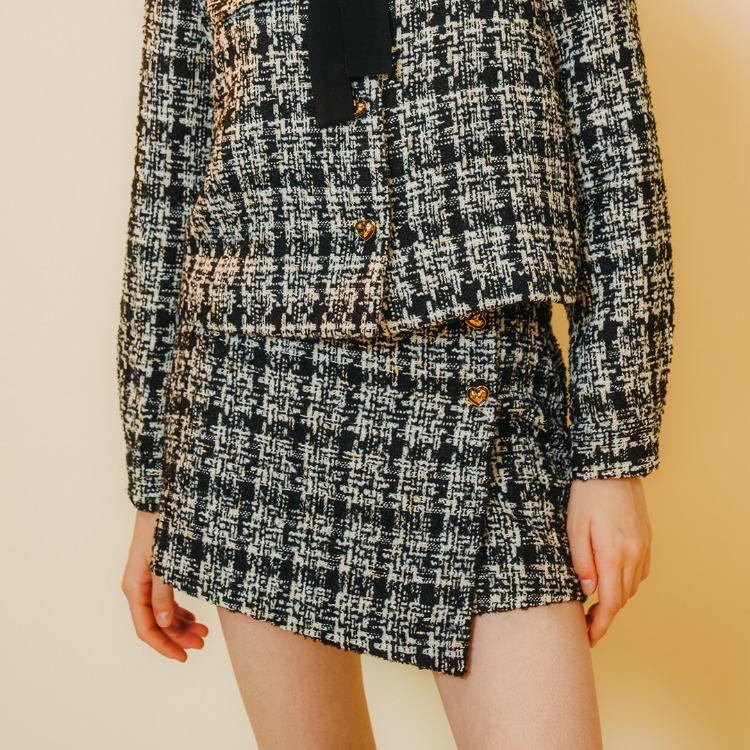 ハートボタンツイードスカート