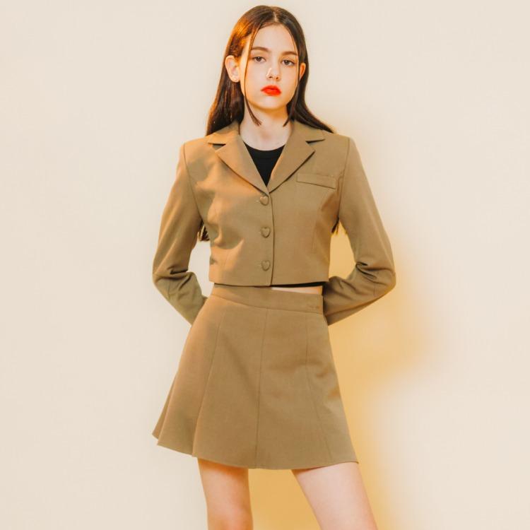 Heart Crop Jacket (Dark Beige) Heart Line Flare Skirt (Dark Beige)SET