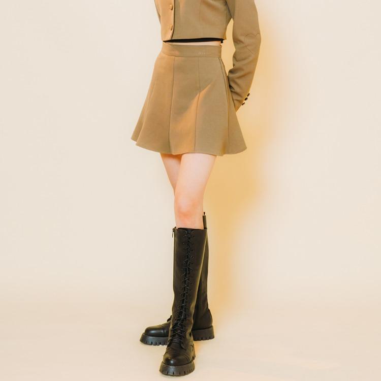 Heart Line Flare Skirt (Dark Beige)