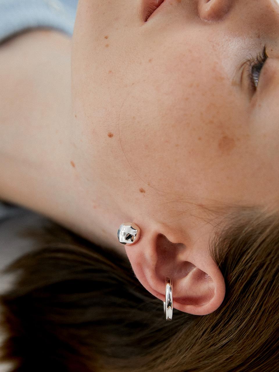 bumpy mini earring - silver