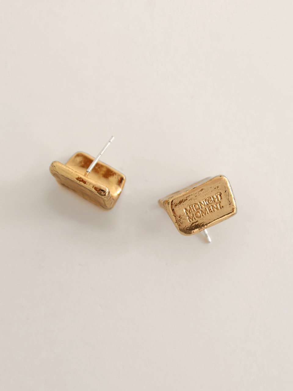square earring - gold