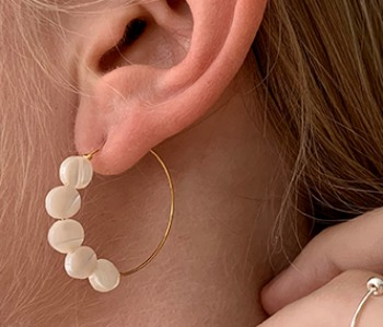 [usual ME] Half Seashell Earrings (15%off)