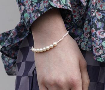 The mixed pearl bracelet (제작기간 1~2주 소요)
