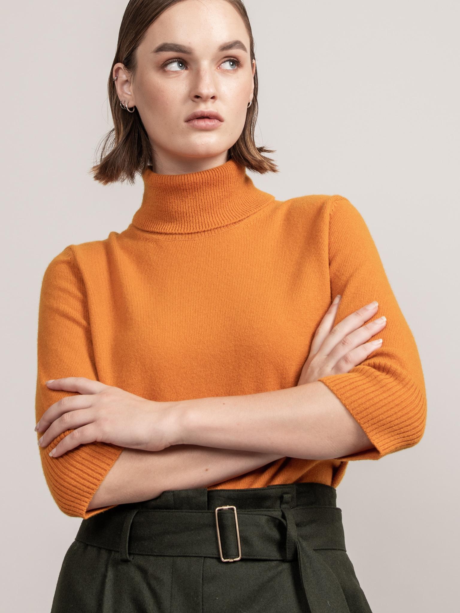 ROYAL Collection. Loro Piana Cashmere 100%Royal Classic Short Sleeve Turtleneck