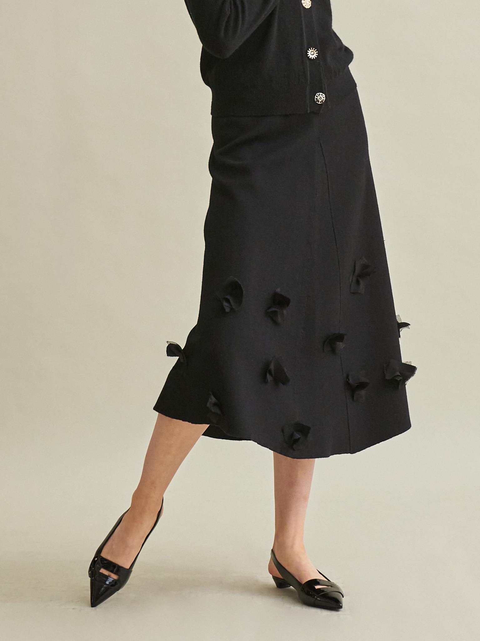 Flower Point Knit Flaer Skirt