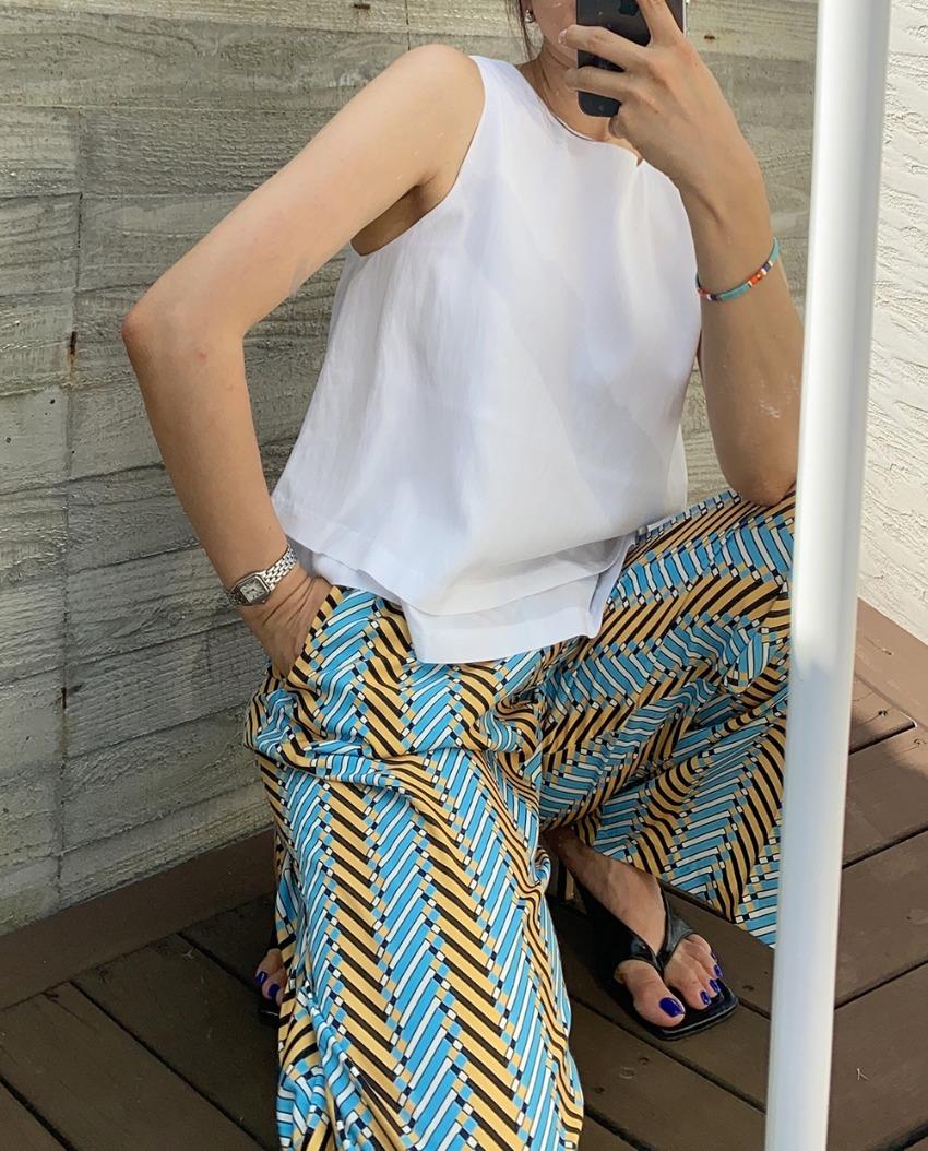 double layered sleeveless