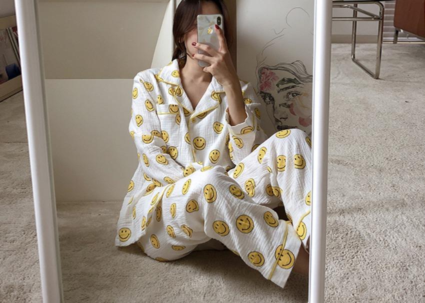 Smile Gauze Pajama