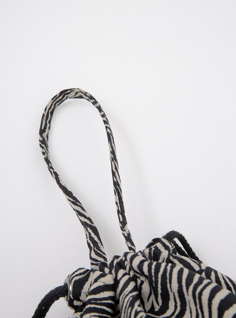 Animal Pattern Drawstring Bucket Bag