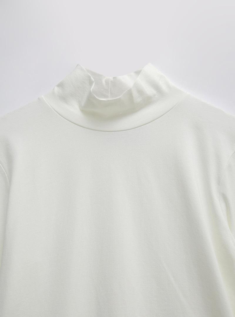 撞色拼袖中高領T恤