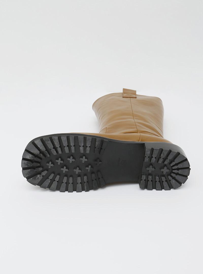 Chunky Mid-Calf Boots