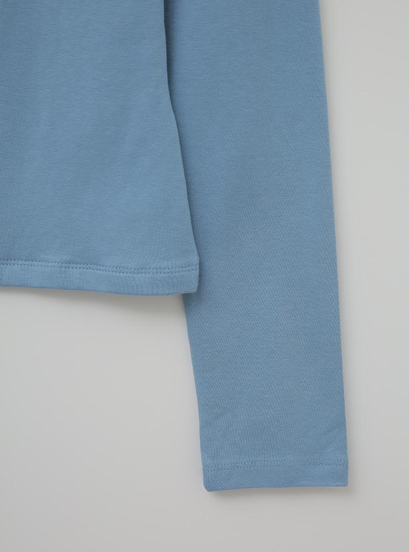 俐落方領加長袖修身T恤