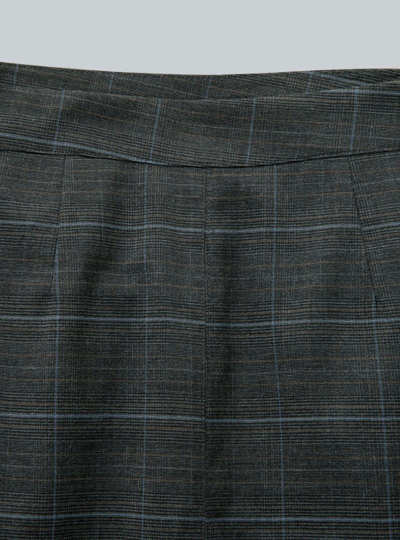 都會率性開衩襬壓褶格紋長裙