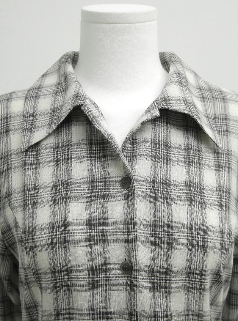 섬세믹스체크 커브라인롱셔츠