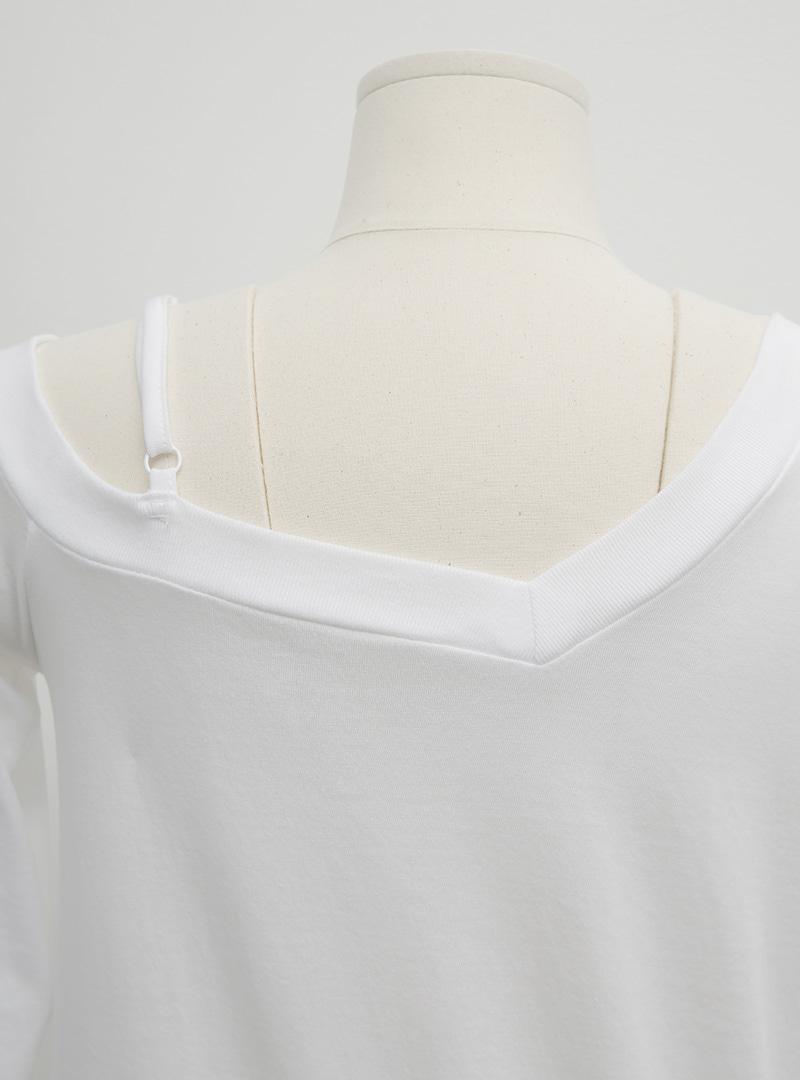 單肩帶不對稱V領T恤