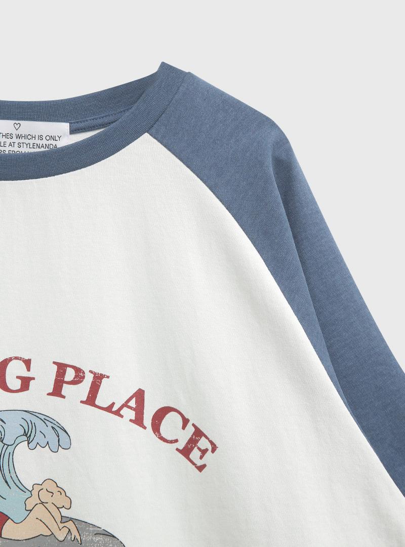 RESTING PLACE Raglan T-Shirt