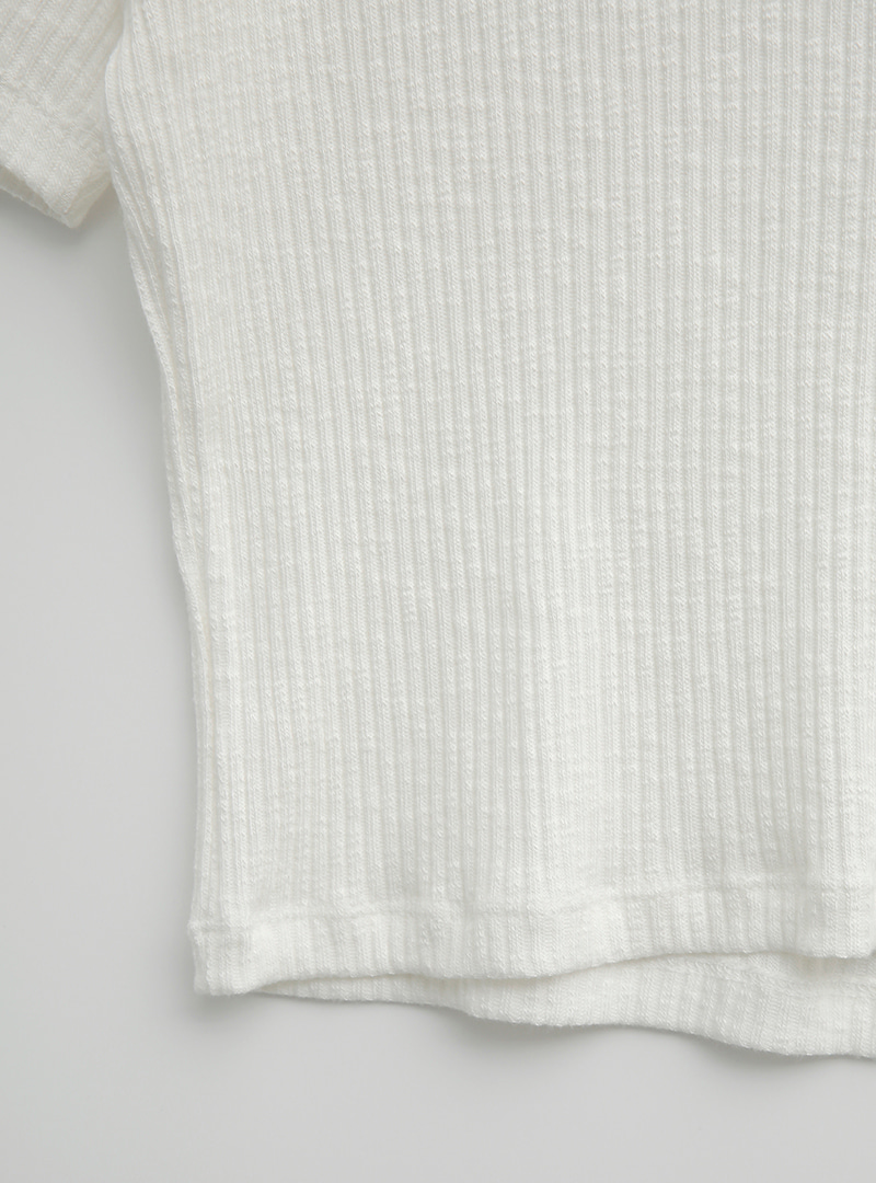 Solid Tone Ribbed Crop T-Shirt