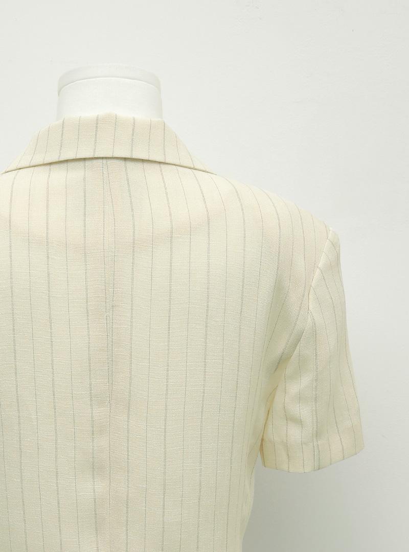 簡約魅力直條紋短袖外套