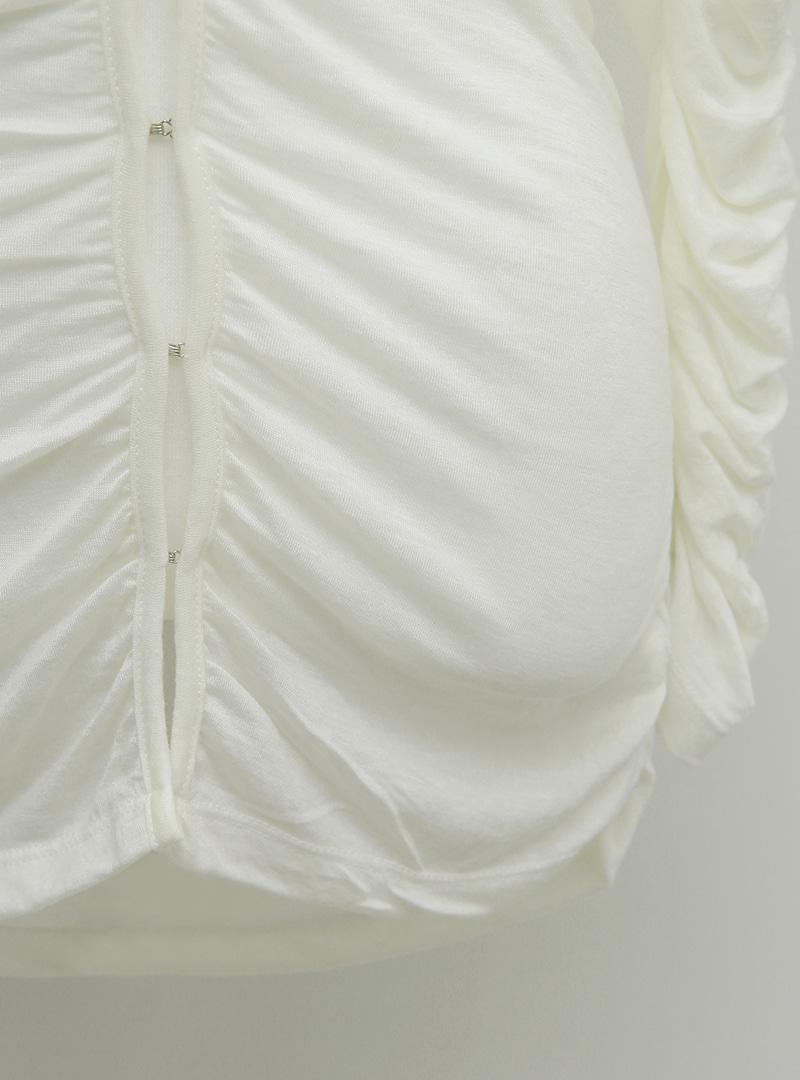 皺褶感鉤釦V領純色外套