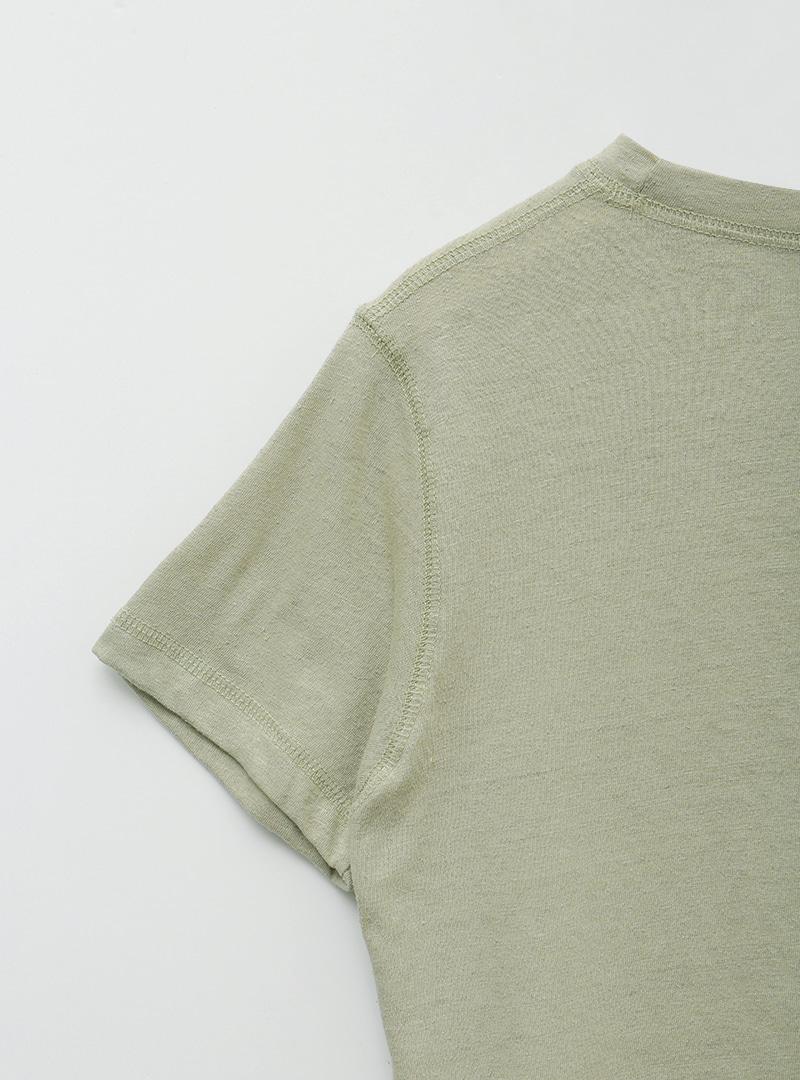 後背印花短版圓領T恤