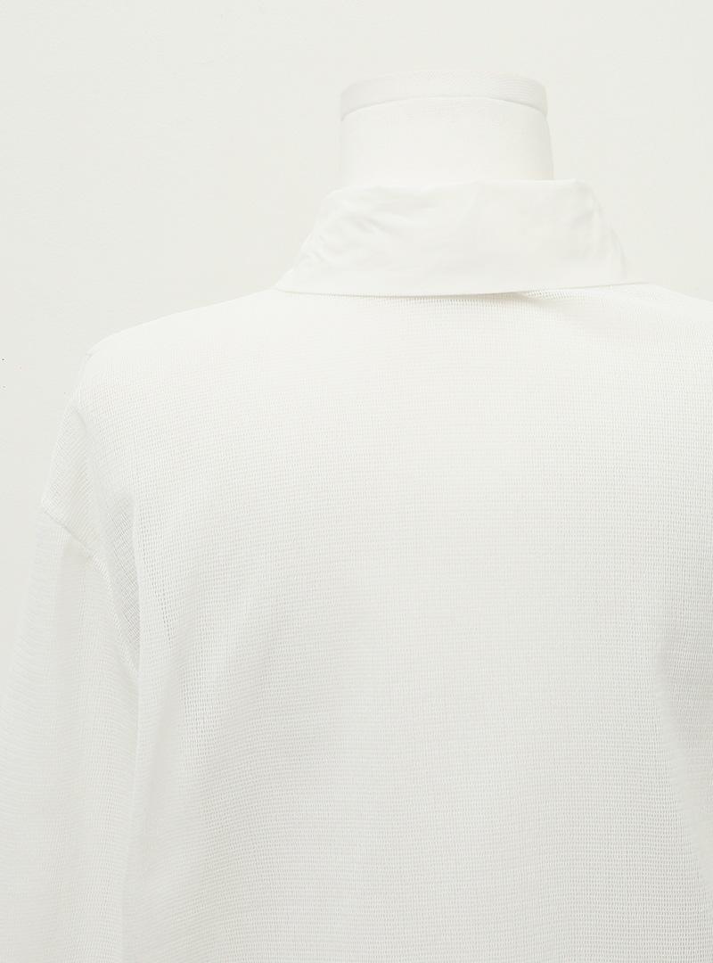抽繩襬翻領透膚排釦上衣