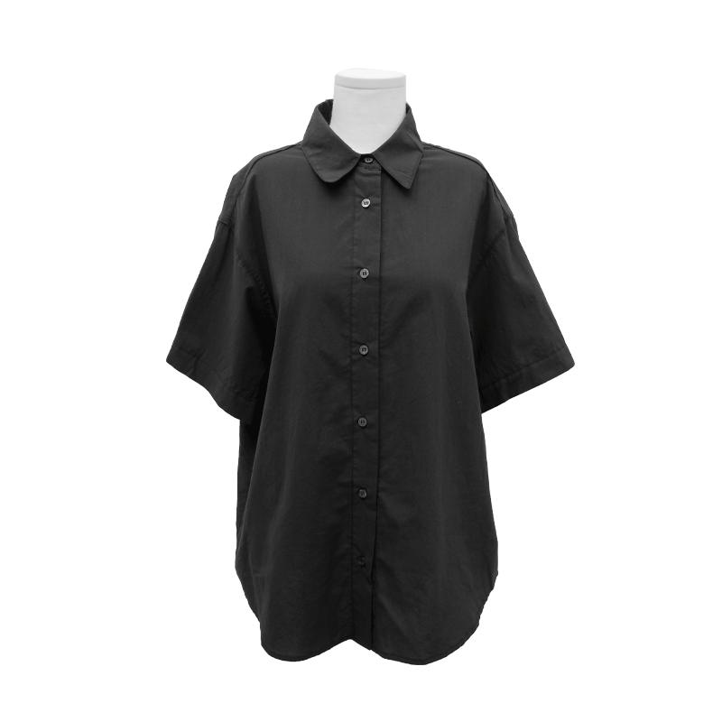 簡潔棉質五分袖寬鬆襯衫